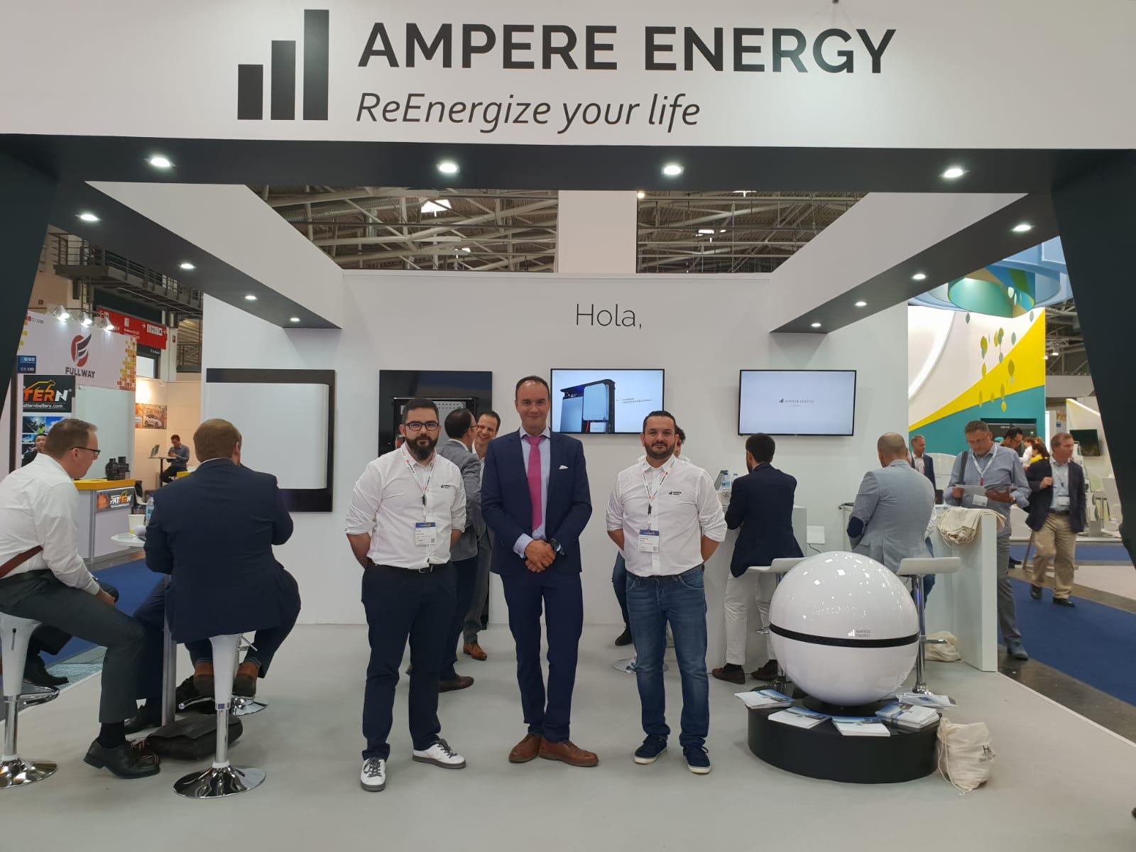 Stand de Ampere Energy en Intersolar
