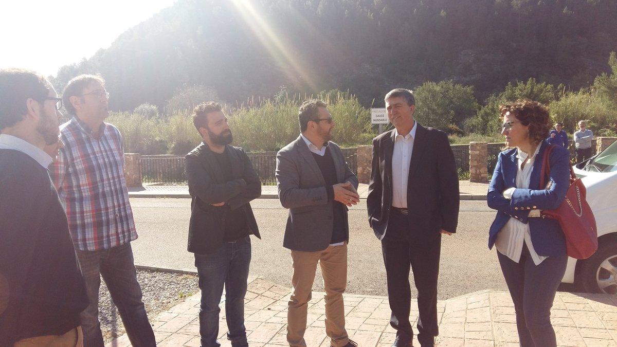 Rafa Climent con los responsables de Heliotec