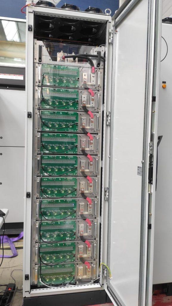 Sistemas de almacenamiento de alta velocidad de respuesta UC-Rack
